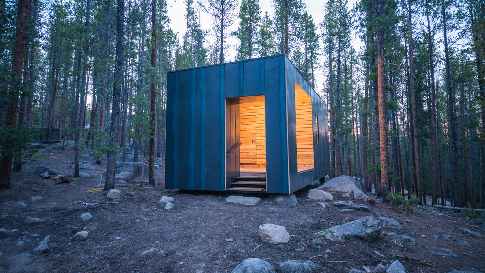College of Architecture and Planning cabin project in the forest